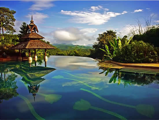 Anantara Golden Triangle Resort Infinity Pool