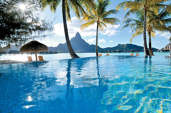 Intercontinental Bora Bora Resort Infinity Pool