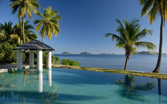 Mana Island Resort Infinity Pool